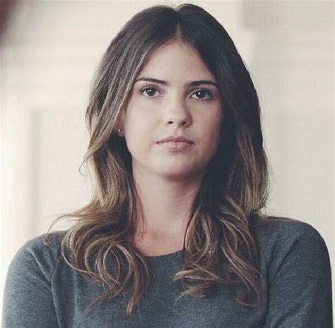 who styles malias hair malia tate my character and female characters on pinterest