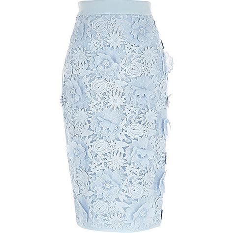 Get Mandy Moores Look With River Islands Lace Mini by Depp Joins Paradis At Chanel Show