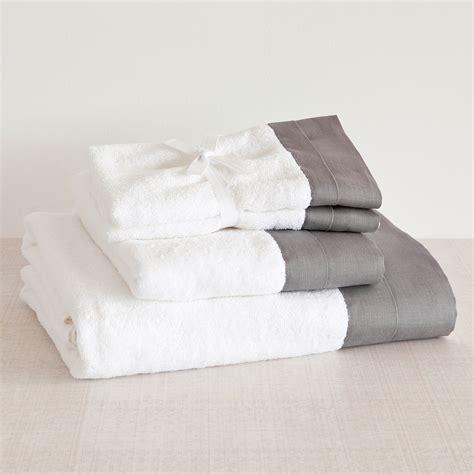 zara home accessori bagno come preparare kit bagno ospiti zara home asciugamano