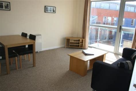 one bedroom flats in leeds city centre 1 bedroom apartment to rent in ahlux court millwright