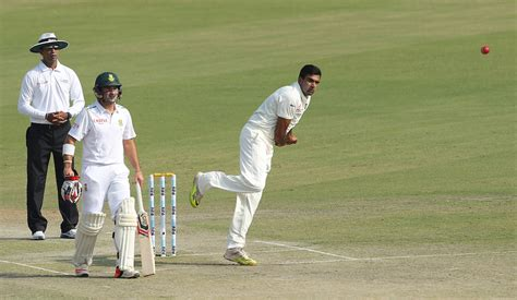 south africa pip india by seven wickets in first t20i in kmhouseindia 2015 india vs south africa first test
