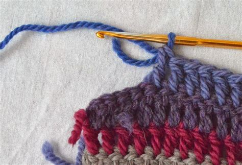 how to change colors crochet correct way to change yarn color in crochet the crochet club