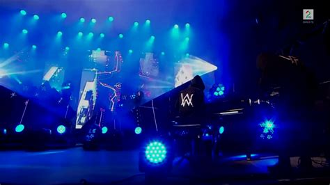 alan walker live performance alan walker feat iselin solheim faded live performance