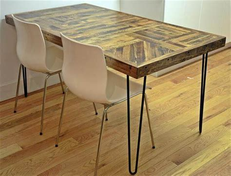 Wood Pallet Dining Table Diy Pallet Wood Dining Table With Steel Legs 101 Pallets