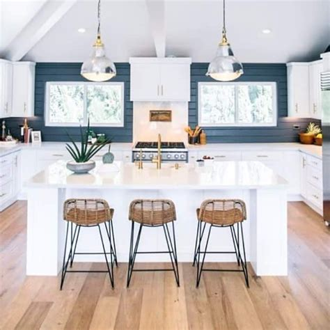 34 creative kitchen counter stool designs that would top 25 best kitchen counter stools ideas on pinterest