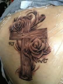 cross tattoo wood grain detail for ty pinterest