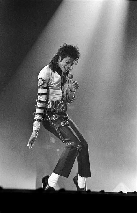 Michael Jackson. Reseña Histórica. – YumiYumi