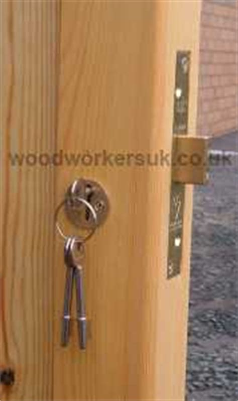 Garage Door Yale Locks Ironmongery For Side Hinged Wooden Garage Doors Gate