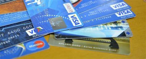 carte banca intesa banche intesa san paolo vende per un miliardo di le