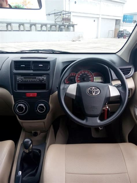 Avanza 1 3 G Manual toyota all new avanza 1 3 g manual warna hitam 2015 km 9