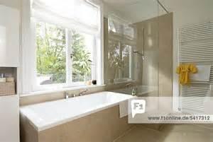 badewannen münchen badezimmer badezimmer mit eckbadewanne modern badezimmer