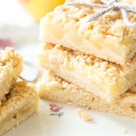 krokant kuchen vom blech rezept apfelkuchen blech mit streusel moonewszs
