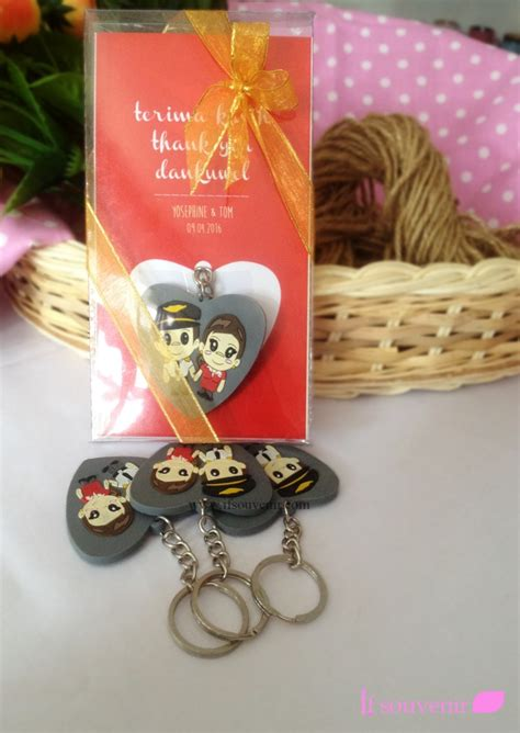 Gantungan Kunci Unik Dan Murah souvenir gantungan kunci karet unik dan murah costome
