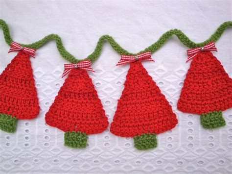 17 best images about crochet it xmas garlands hanging