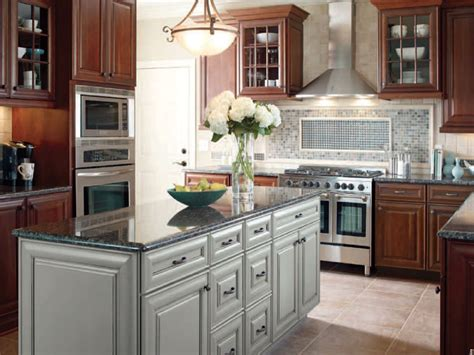 diamond kitchen cabinets reviews diamond cabinets cabinet expressions