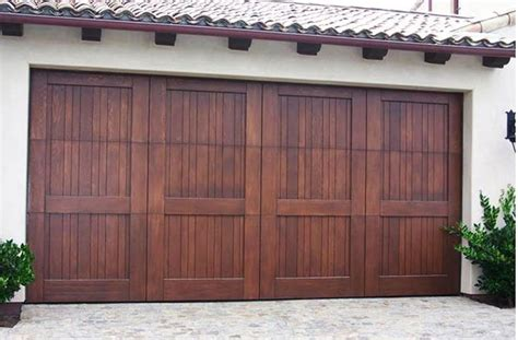 Crown Garage by 1000 Ideas About Sectional Garage Doors On