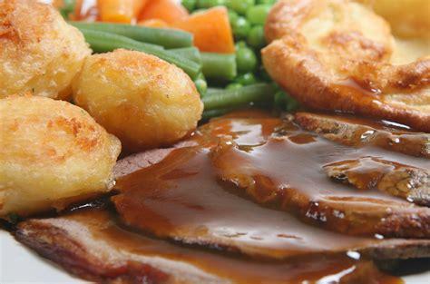 cucinare in inglese sunday roast ricetta inglese dell arrosto per il pranzo