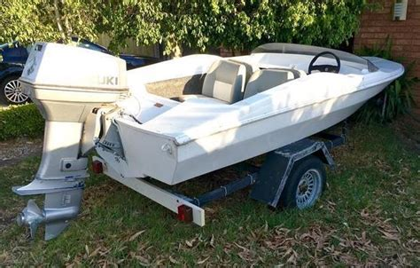chris craft boats australia chris craft runabout boat 4 seater suzuki 65hp outboard