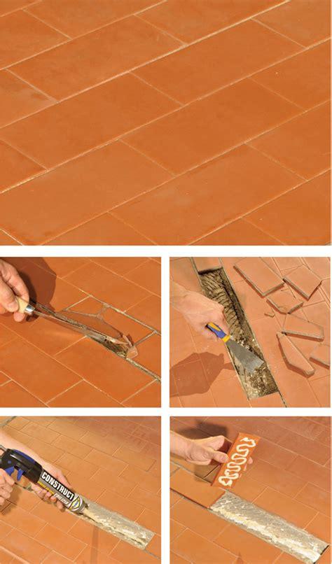 sostituire una piastrella manutenzione della terrazza interventi passo passo