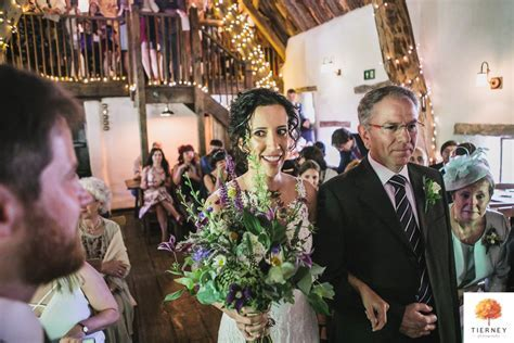 Craven Arms Cruck Barn Wedding, Yorkshire Dales   Laia
