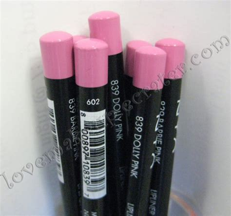 Nyx Slim Lip Liner Pencil Pink nyx slim pencil lip liner 839 dolly pink