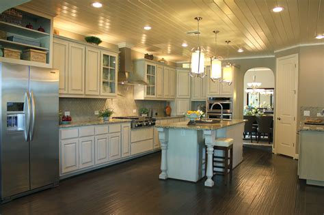 Kitchen Islands With Posts White Kitchen Cabinets Burrows Cabinets Central