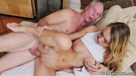Old Woman Sex And Horny Lady Xxx Molly Earns Her Keep