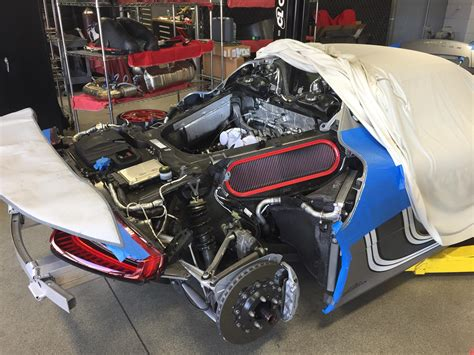 porsche 918 spyder engine porsche 918 spyder undergoing servicing looks like v8 open