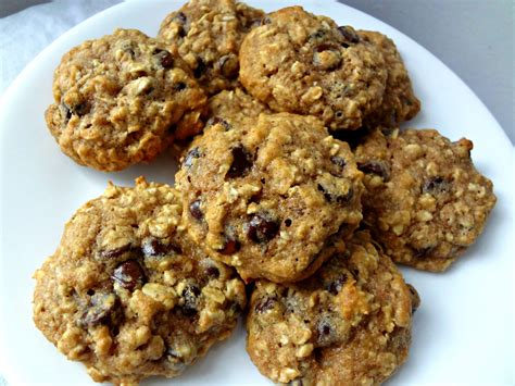 healthy cookies the cooking healthy oatmeal chocolate chip cookies