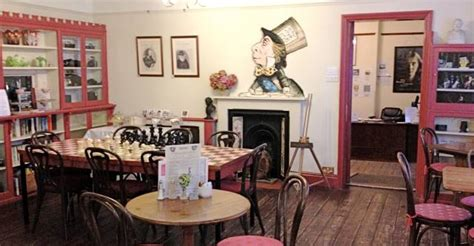 mad hatters tea room the mad hatter at s tearoom isle of wight news from onthewight