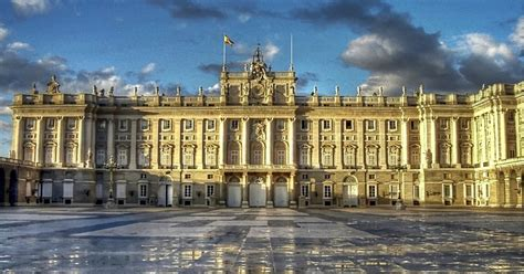 madrid 4 hour sightseeing tour and royal palace madrid spain getyourguide