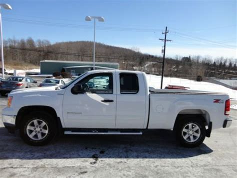 Toyota Sle Road Sell Used 2013 Gmc Extended Cab Sle Z71 Road