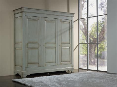 armoire en merisier massif armoire 3 portes lise en merisier massif de style louis philippe gris patine et