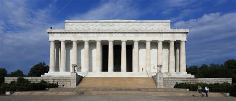 description of the lincoln memorial file lincoln memorial east side jpg wikimedia commons