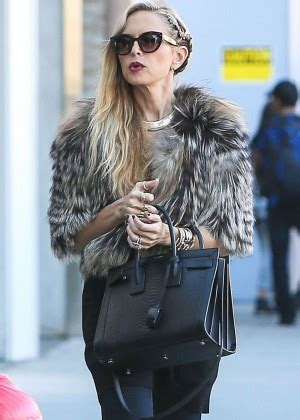 Think Cook Cook Zoe zoe in fur coat shopping at the gap in los angeles