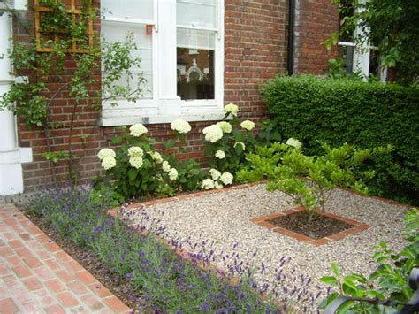 Front Garden Ideas 25 Best Ideas About Small Front Gardens On
