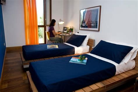 small hotel room 1000 images about small hotel rooms on small hotels boutique hotel room and