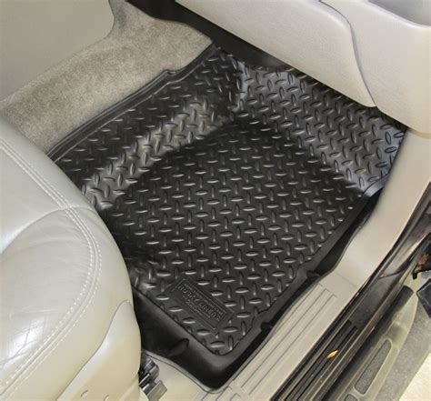 Floor Mats For Chevy Tahoe by Floor Mats For 2002 Chevrolet Tahoe Husky Liners Hl31301