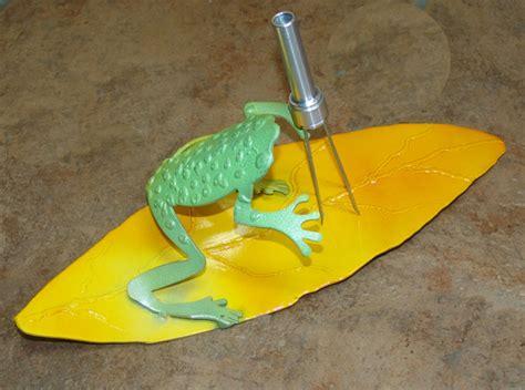 frog gigging gear lightning strike frog gig