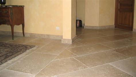 a pavimento per interni pavimenti in pietra per interni pavimento da interni
