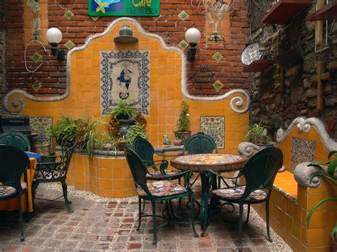 Mexican Garden Decor Wall Using Mexican Tile Design By Kristiblackdesignscom Also Garden Decor Pictures
