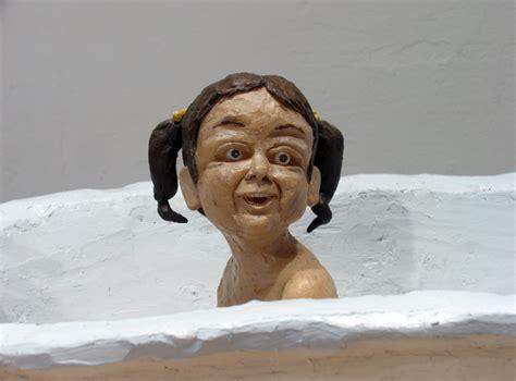 bathtube girl tub shira zelwer שירה זלוור