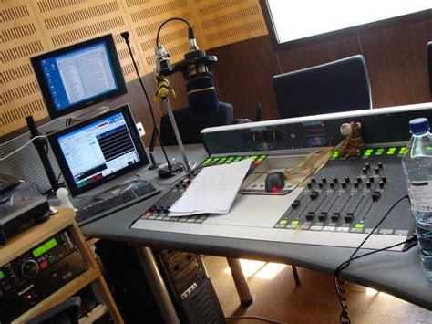 Free Radio Station by Coimbra Radio