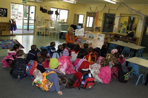 a story before home time yarrambat preschool