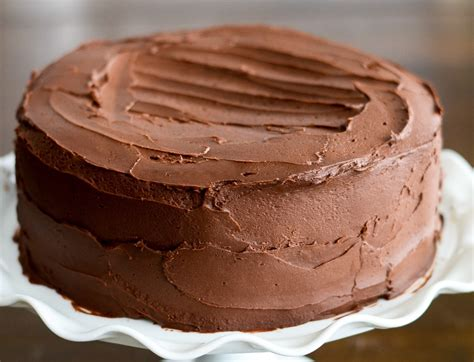 easy chocolate cake  homemade buttercream frosting