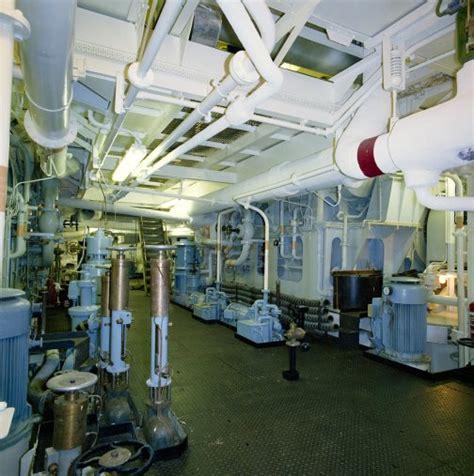 qe2 engine room of glasgow myglasgow archive services exhibitions elizabeth 2 qe2 40
