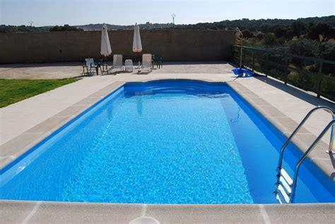 piscina in piscinas prefabricadas en poliester extremadura playa
