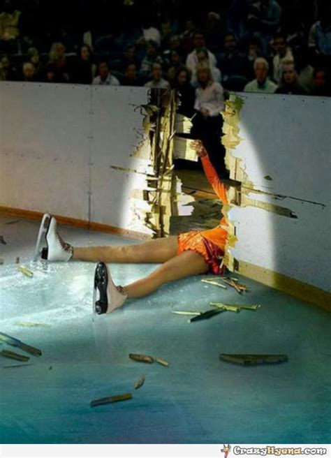 Ice Skating Memes - girl fail outside the skating ringon