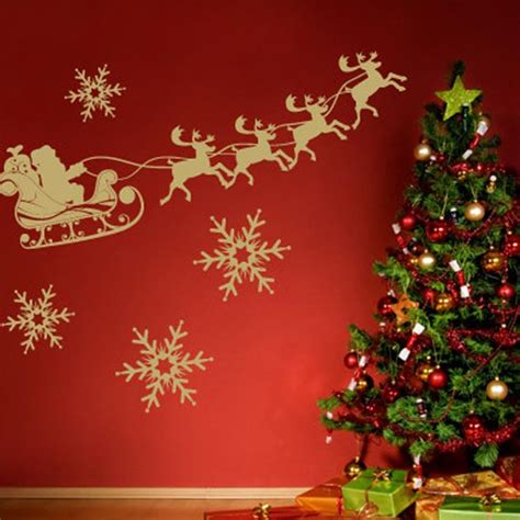 Christmas Wall Decorating Ideas | house of decor holiday wall d 233 cor