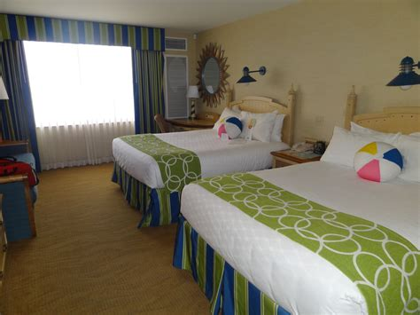 Paradise Pier Hotel Rooms by More From Disney California Adventure Mouse Fan Caf 233